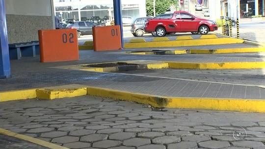 Paralisação e manifestações prejudicam serviços e trânsito na região de Itapetininga