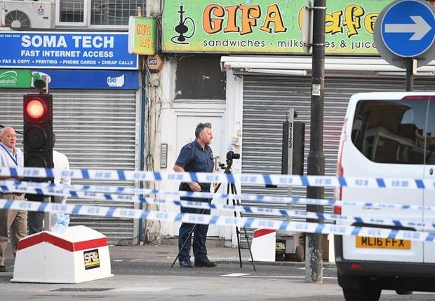 Atropelamento em Londres deixou um morto e pelo menos dez feridos (Foto: EFE)
