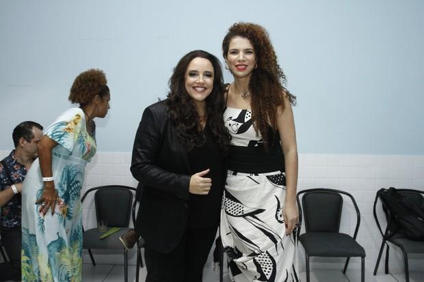Ana Carolina e Vanessa da Mata (Foto: Alex Palarea / AgNews)
