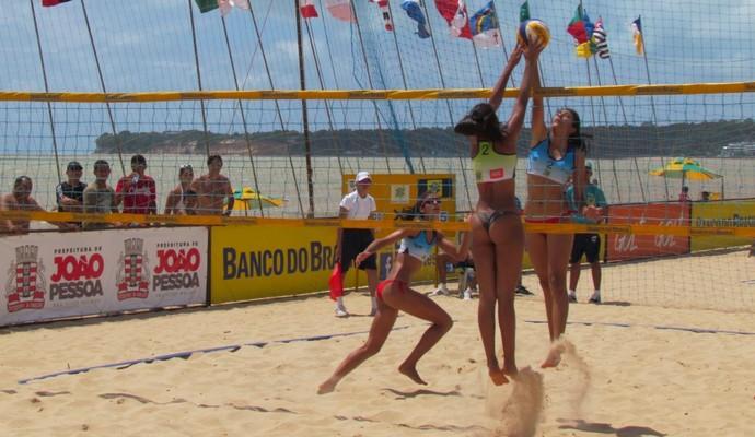 Andressa e Lydia, no Brasileiro Sub-19 de Võlei de Praia (Foto: Divulgação)