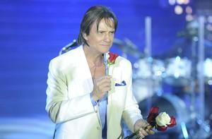Envie uma rosa do Rei Roberto Carlos para quem você ama! (Divulgação/TV Globo)
