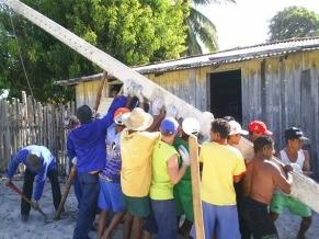 A ajuda da comunidade foi essencial para a implantação do projeto (Foto: Divulgação)