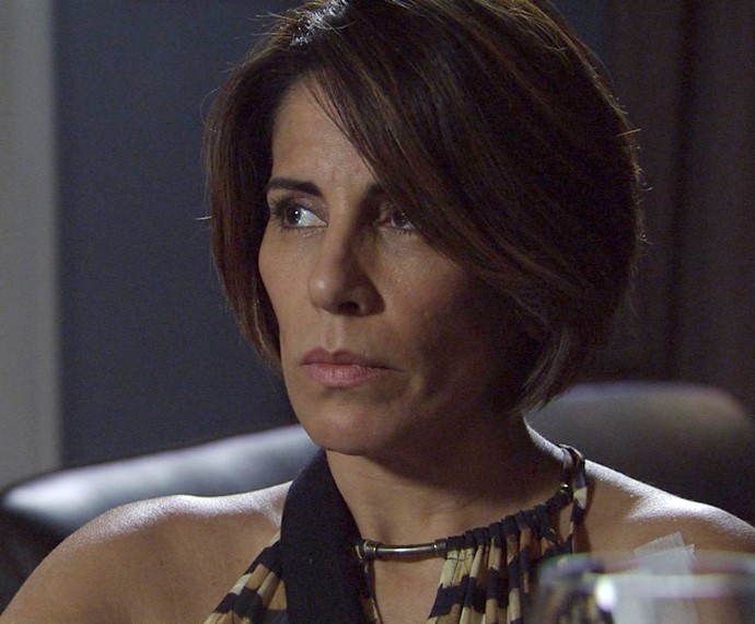 Beatriz é humilhada por Otávio (Foto: TV Globo)