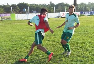Robson Simplício iniciou 2015 entre os titulares do Sampaio (Foto: Sampaio Corrêa/Divulgação)