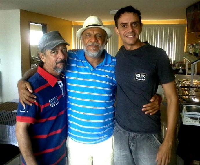 Gedilson após contracenar com os atores Badu Lima e Chico de Assis (Foto: Arquivo pessoal)