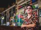 Pedro Vianna mistura samba, rock e MPB em show neste sábado
