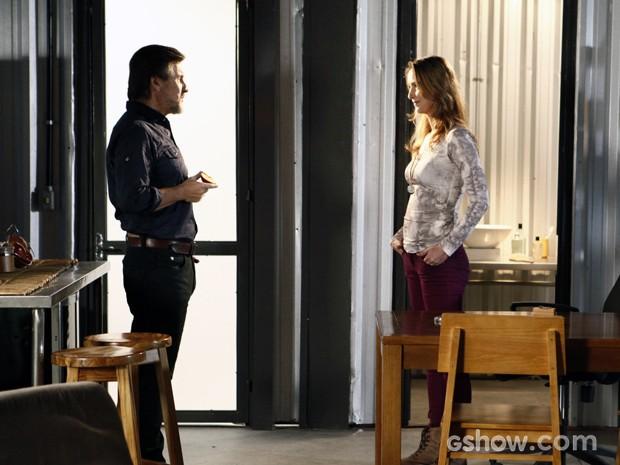 Angelique e LC tramam para comprovarem lealdade de Lili (Foto: Além do Horizonte/TV Globo)