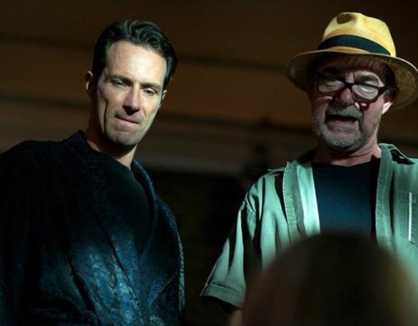 Fernando Pavão e o diretor Rudi Lagemann nos bastidores de 'Conselho Tutelar' (Foto: Reprodução Instagram)