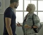 Cauã Reymond e Bruna Linzmeyer em cena de 'A regra do jogo'   TV Globo