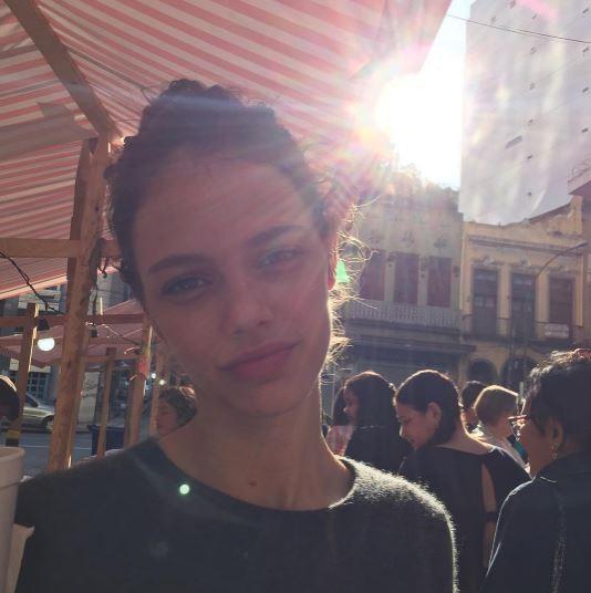 Chay Suede posta clique de Laura Neiva no Dia dos ...