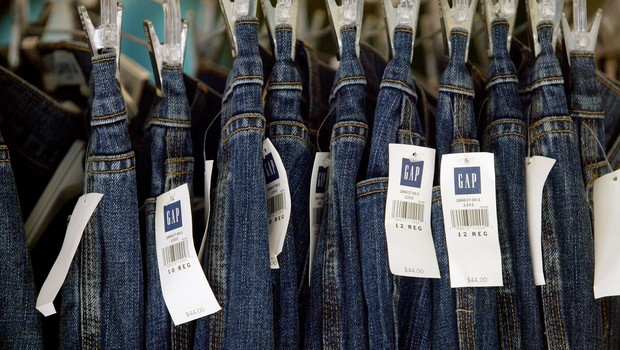 Calças jeans em loja da Gap (Foto:  Justin Sullivan/Getty Images)