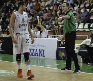 Bauru Basket x Paulistano, NBB 9, Léo Meindl, Demétrius (Foto: Sérgio Domingues / Bauru Basket)