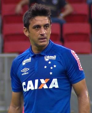 Robinho Cruzeiro; Mané Garrincha  (Foto: Reprodução/ TV Globo Minas)