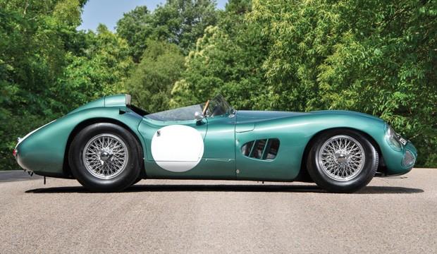 Aston Martin DBR1 é leilado por R$ 71 milhões em valor recorde (Foto: Divulgação)