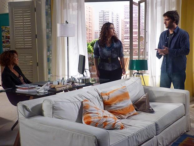 Verônica pede ajuda de Davi para descobrir mais coisas sobre os podres de Jonas  (Foto: Geração Brasil / TV Globo)