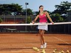Karen Coelho elege o tênis o seu esporte favorito para o verão