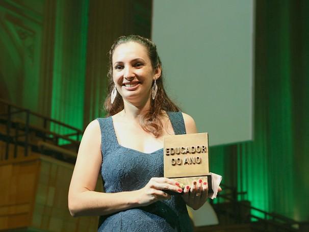Paula Aparecida Sestari: vencedora da 17ª edição do Prêmio Educador Nota 10 (Foto: Divulgação/Lucas Conrado)