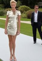 Veja o estilo das famosas na Semana de Moda Paris