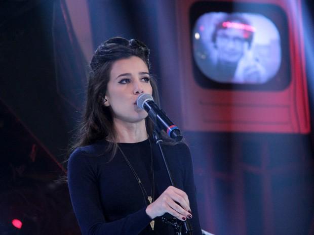 Marjorie Estiano apresenta a sua nova música no 'Altas Horas' (Foto: Marcos Mazini/Gshow)