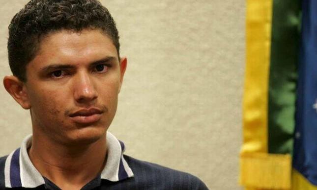 Francenildo dos Santos Costa, caseiro, durante depoimento à CPI dos Bingos (Foto: Beto Barata / AE / VEJA)