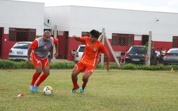 Uberaba realiza primeiro coletivo no estádio Uberabão (Foto: José Rodrigues)