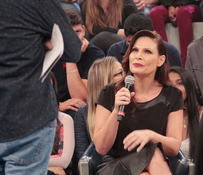 Laura Muller participa da gravação do 'Altas Horas' (Foto: Marcos Mazini/Gshow)