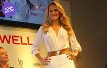 Look do dia: toda de branco, Fiorella Mattheis mostra estilo e boa forma