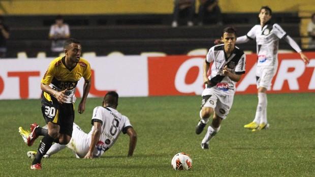 João Vitor Criciúma x Ponte Preta (Foto: Fernando Ribeiro/Criciúma EC)