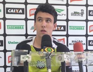 Pablo atacante figueirense apresentação reforço  (Foto: Marcelo Silva)