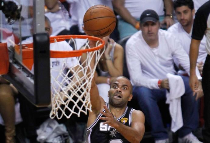 Tony Parker Miami Heat x San Antonio Spurs, NBA (Foto: Reuters)
