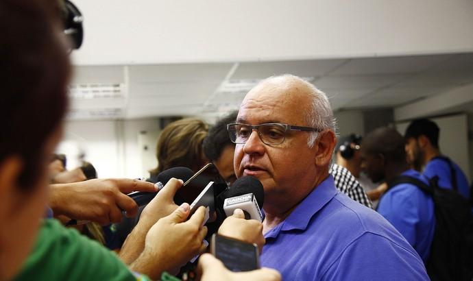 Romildo Bolzan Jr., presidente do Grêmio, no Gre-Nal (Foto: Lucas Uebel/Grêmio, Divulgação)