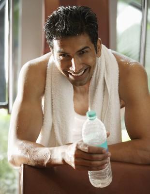 EuAtleta - homem suado metabolismo (Foto: Getty Images)