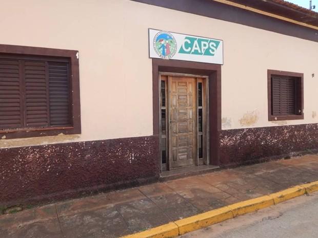 Segundo jornalista, funcionários reclamaram sobre prédio (Foto: Michel Lopes/ Buri Conectado)