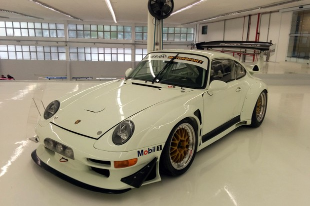 Porsche 911 Carrera (Foto: Alexandre Izo/Autoesporte)