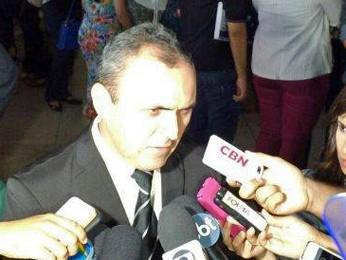 Rômulo Alencar, um dos advogados de defesa do caso do torcedor morto com vaso sanitário (Foto: TV Globo)