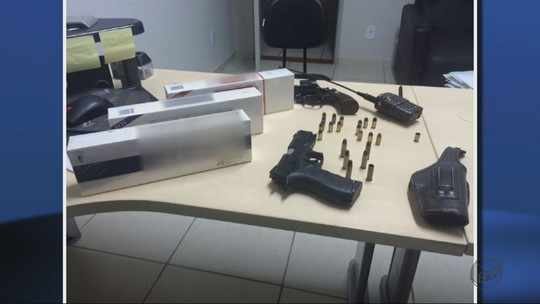 Três homens são presos com carga de cigarro contrabandeada em MG