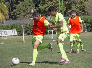 Cuiabá faz último treino antes de viagem (Foto: Pedro Lima/Cuiabá)