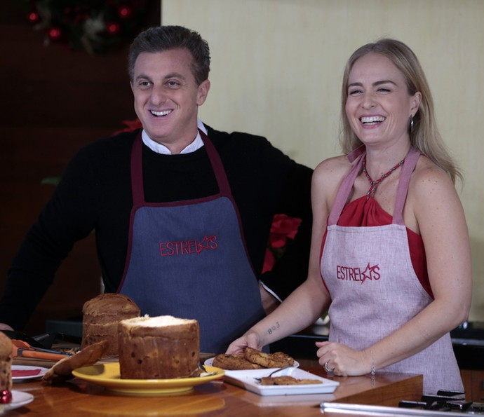 Luciano ensina receita de Panetone no Estrelas (Foto: Fábio Rocha/Gshow)