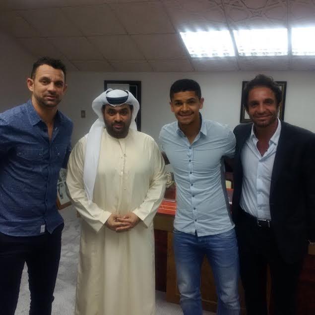 BLOG: Denilson chega aos Emirados Árabes para se apresentar ao Al Wahda