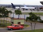 Cuba e EUA assinam acordo histórico que restabelece voos diretos