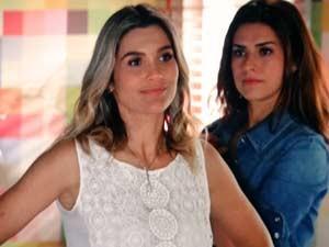 Érica está decidida a engatar um romance com Élcio (Foto: Salve Jorge/TV Globo)