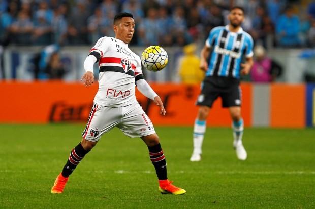 Cueva, jogador do São Paulo (Foto: Lucas Uebel/Getty Images)