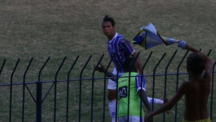 Felipe Augusto comemora gol do Madureira (Foto: Fabricio Salvador / Madureira Esporte Clube)