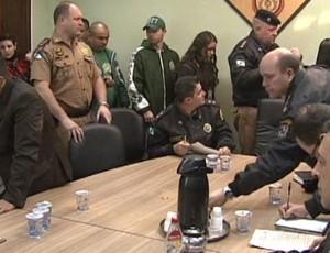 Reunião da Polícia Militar define esquema de segurança do Atletiba (Foto: reprodução RPCTV)