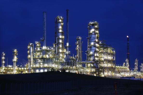Refinaria de petróleo na Rússia (Foto: Getty Images)