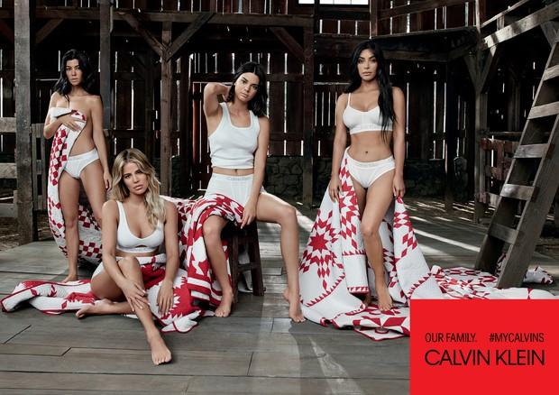 Clã Kardashian-Jenner estrela camapnha da Calvin Klein (Foto: © 2018 Willy Vanderperre)