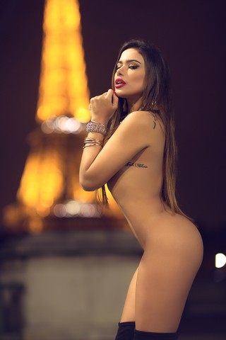 Patrícia Jordane posa em Paris (Foto: Alexandre Ciccone / Divulgação)