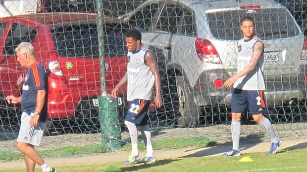 Treino Fluminense (Foto: Thiago Benevenutte)