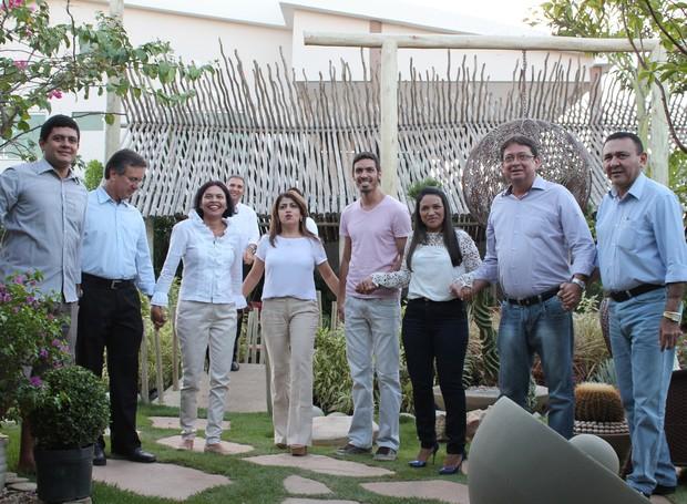 Equipes Comercial e de Marketing gravaram em clima de harmonia (Foto: Institucional/TV Grande Rio)