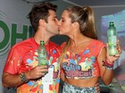 Bruno Gagliasso e Giovanna Ewbank curtem carnaval em camarote no Rio